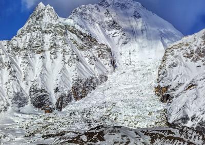 道拉吉里峰