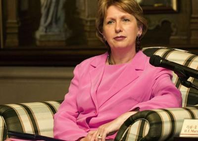 爱尔兰总统玛丽.麦卡利斯 IRISH PRESIDENT MARIE MCALEESE 2003年10月